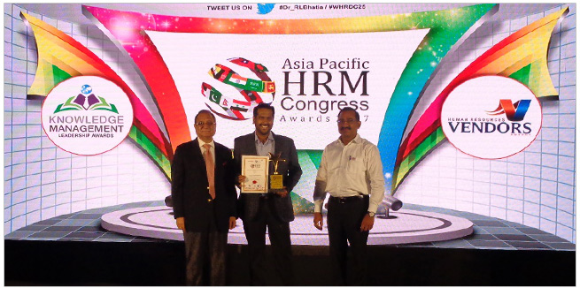 Asia-Pacific-HRM-congress-awards-2017-Amway