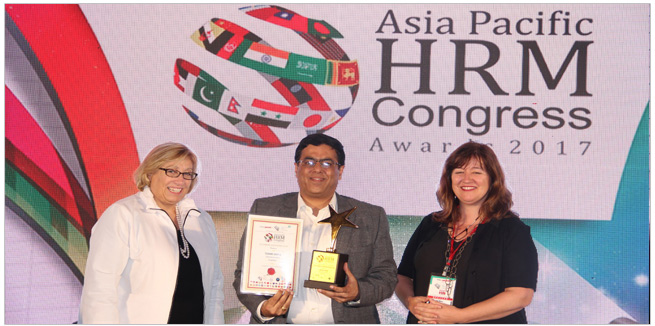Asia-Pacific-HRM-congress-awards-2017-CEO-Empxtrack4